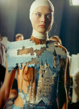 """""""Blouse"""" made from jigsaw puzzle"""